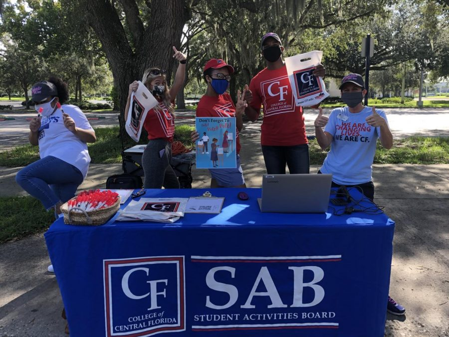 CF's Student Life committee set up their booth at the Ocala campus to help provide students with their free kits. These kits were 'first come, first serve' and students were required to show their student IDs.